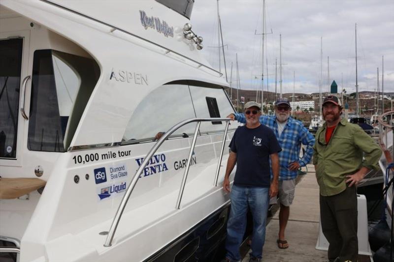 David Jenkins, Blake Eder and Ian Jenkins in Ensenada - photo © Pendanablog