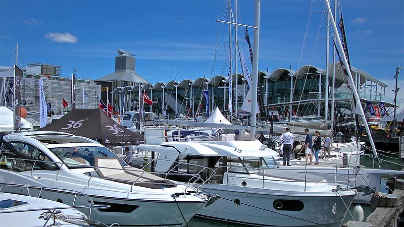 36 degrees Brokers - Auckland On the Water Boat Show - Day 4 - September 30, 2018 - photo © Richard Gladwell