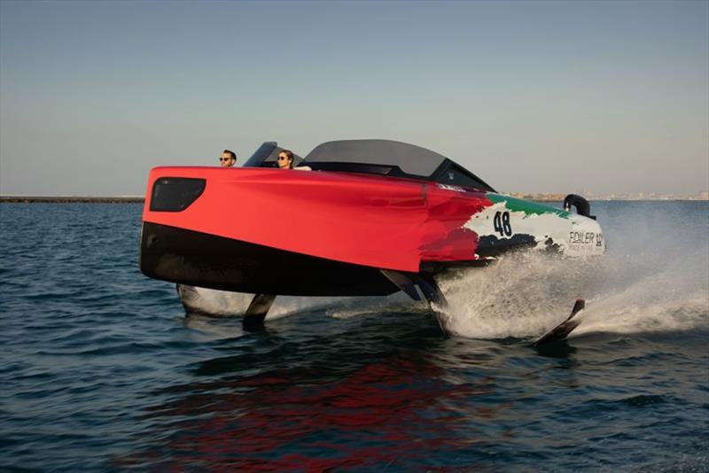 Enata's Foiler - le bateau volant intelligent