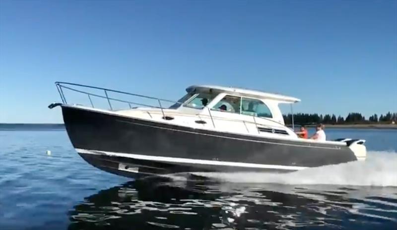 Back Cove tests twin 300-hp Yamaha and 350-hp Suzuki
