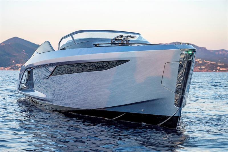 Princess R35 - photo © Princess Yachts