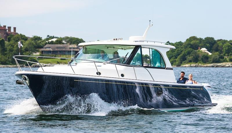 Hinckley Sport Boat 40x - photo © Cate Brown