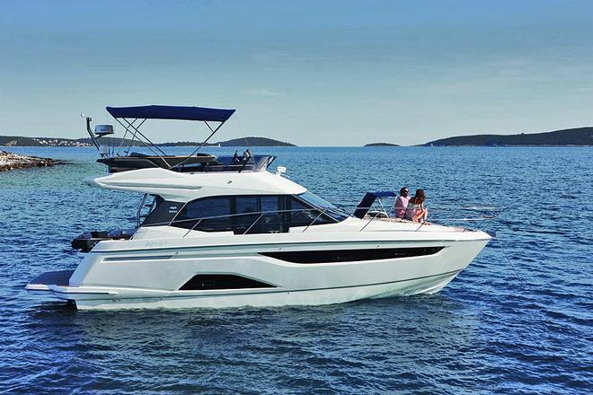 The R40 from Bavaria demonstrating that zero knots is also great fun © Bavaria Yachts Australia http://www.bavariasail.com.au
